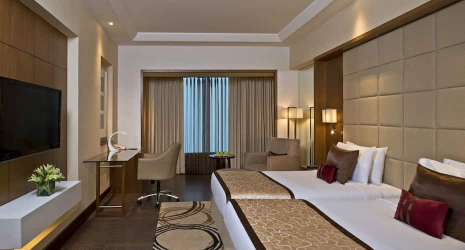 Taj Hotel and Convention Centre, Agra, Taj Ganj,