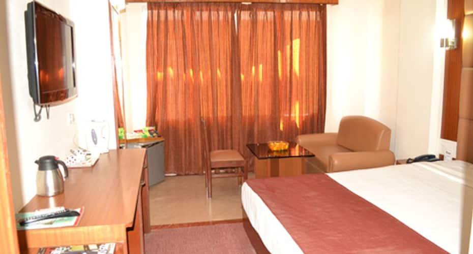 Hotel Ambarish Grand Residency, Paltan Bazar,