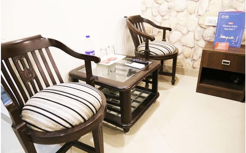 Hotel Redwood, Zirakpur,