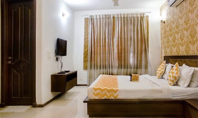 FabHotelCrownRoyaleSaharanpurRoad, --none--,