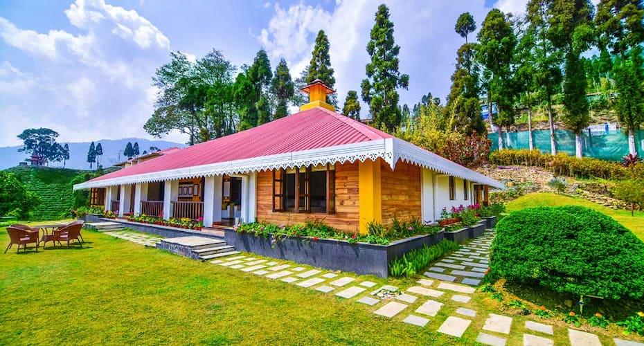 Chamong Chiabari Mountain Retreat & Spa, Chowrasta,