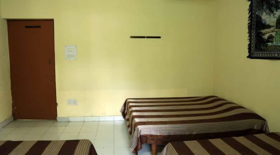 Maa Ka Aanchal Guest House, TURNER ROAD,