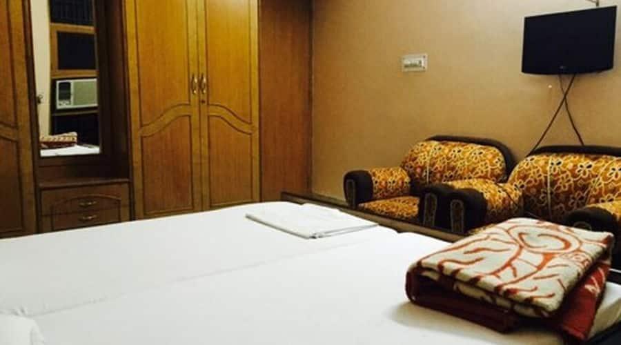 Kaveri Lodge, Dayalbagh,