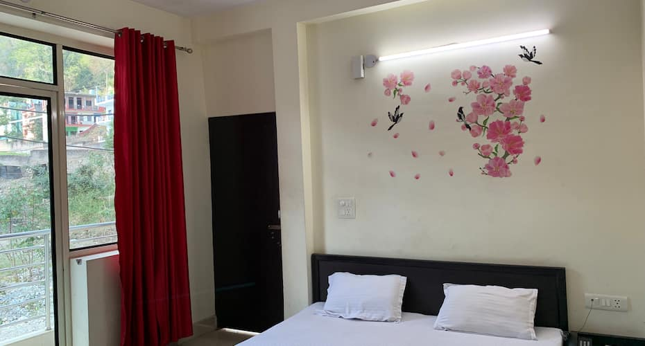 Shiv Resort, Tapovan,