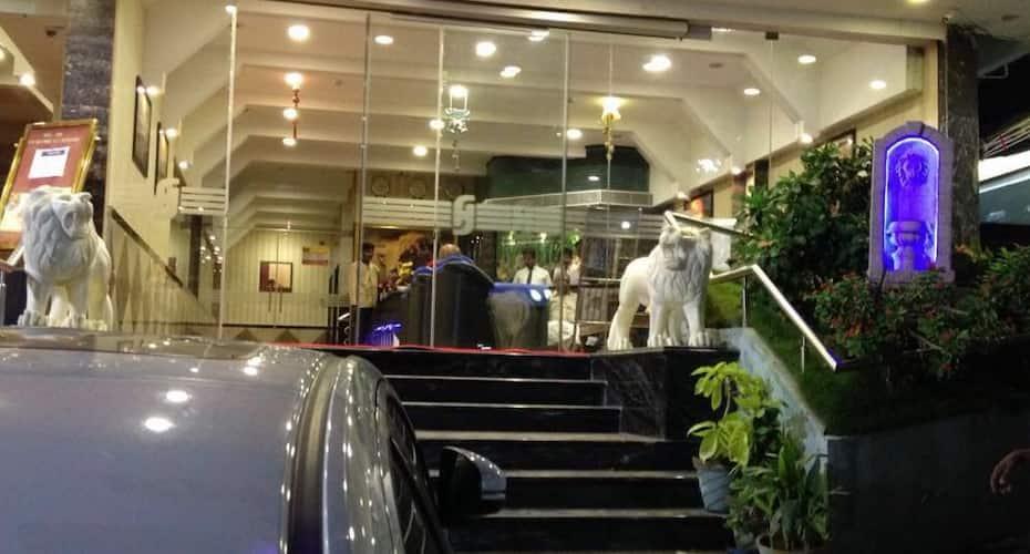 Hotel John's, Melur Road,