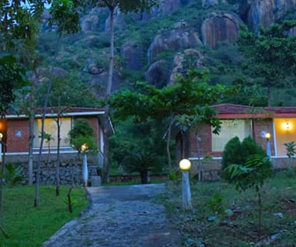 Indien Hermitage A Resort (20Kms away from city), Out Skirts,