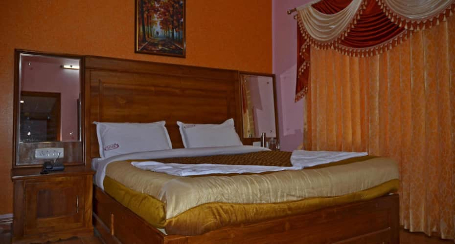 MMR Holiday Inn, Patna House,