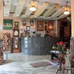 Hotel Minaxi, none,