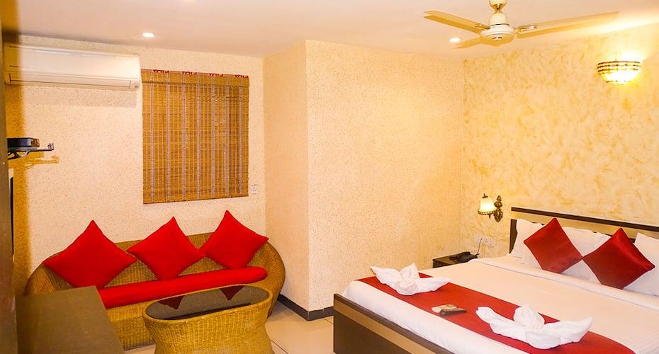 HOTEL SUNSHINE, Chimatpada, Marol Naka ,Andher,