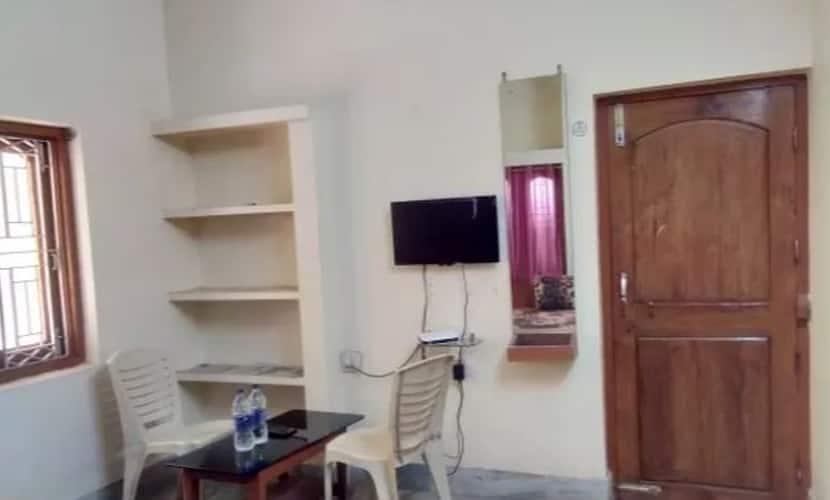 Sai Krishna Guest House, Infocity Campus Patia,
