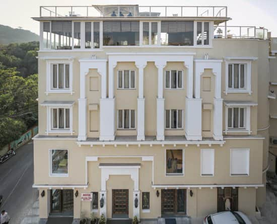 Shambhu Vilas Hotel, City Palace Road,