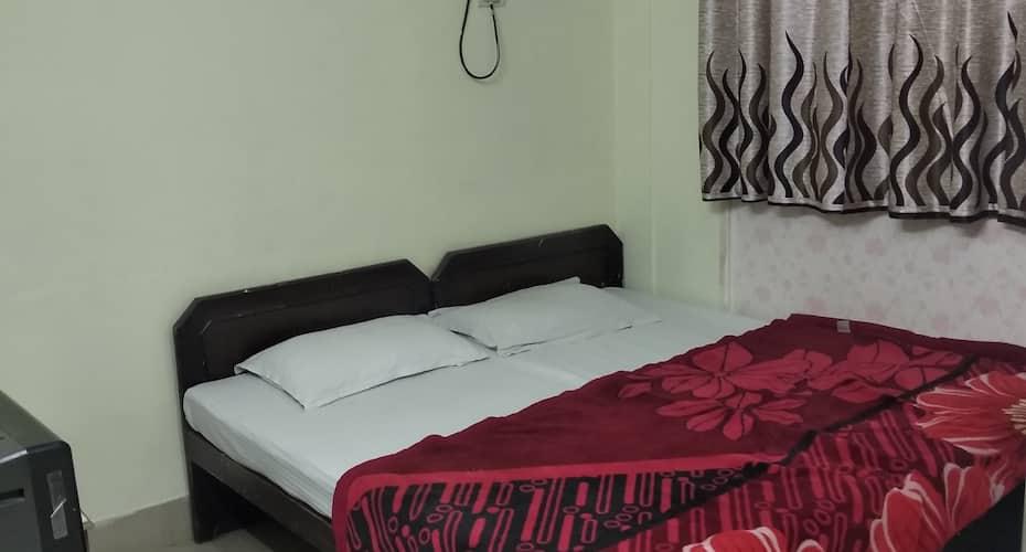 Hotel City Plaza, Lashkar,