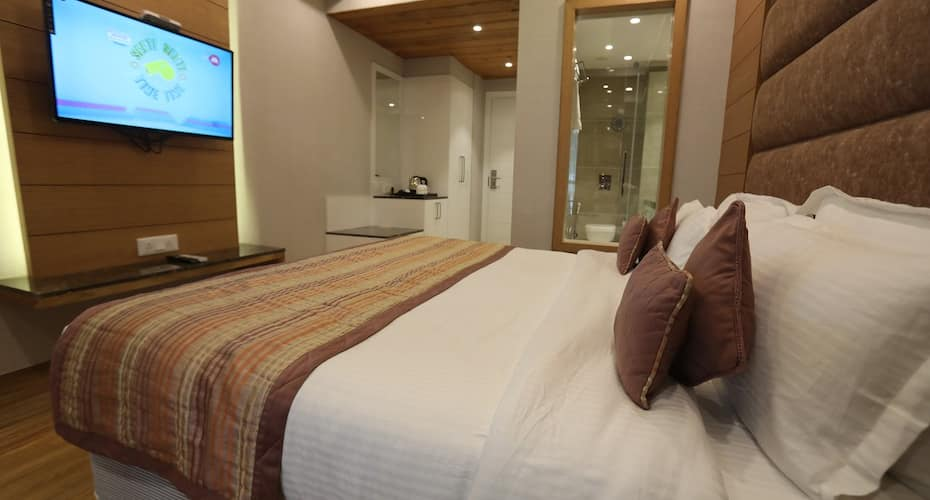 Milestone Inn & Spa, Barlow Ganj,