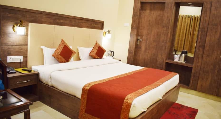 Hotel Lara India, Dasaswamedh Ghat,