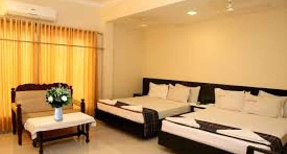 Hotel Sri Devi, Kanyakumari Main Road,