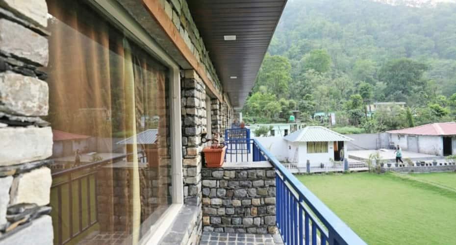 Pacific Inn Resort, Laxman Jhula,
