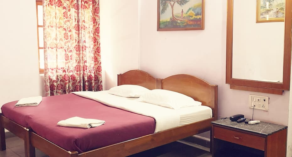 Falcon Resorts, Calangute,