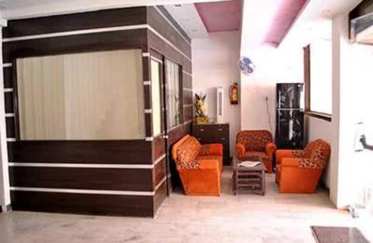 Hotel Viren Holiday Home, Taj Nagari,