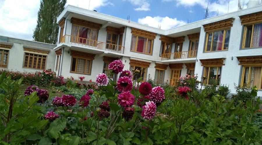 Leh Stumpa, Upper Turkcha Road,