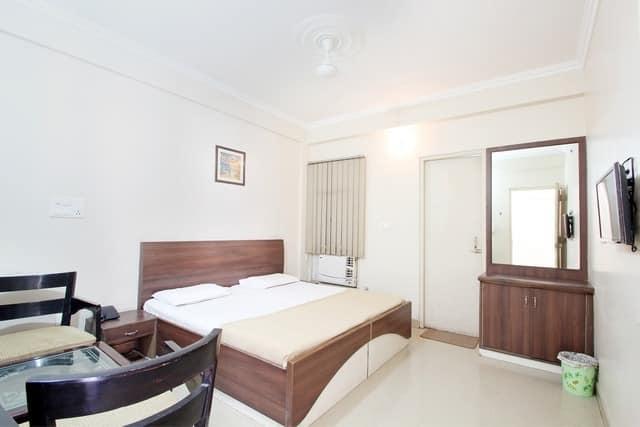 Hotel Royal Castle, Zirakpur,
