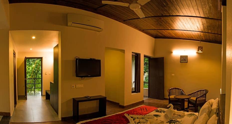 Wild Exotica Resort Corbett, Dhikuli,