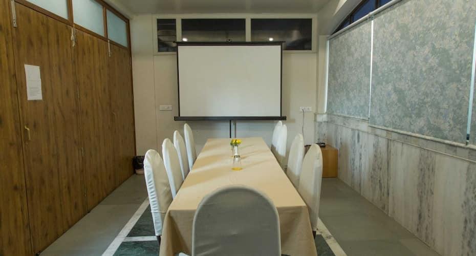 JK Rooms 117 The Majestic Manor, Ramdas Peth,