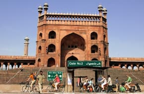 Shah Jahan Cycling Tour:  Explore Delhi's Mughal Connect