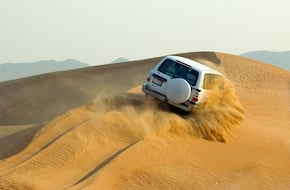 Desert Safari with BBQ Dinner Dubai - Camp with 5 Star catering