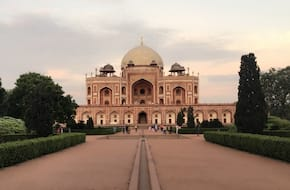 Tour of Garden Tombs of Delhi