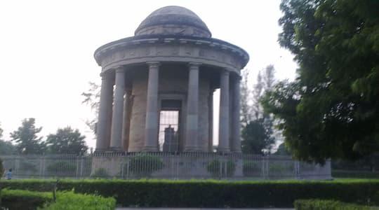 Lord Cornwallis Tomb