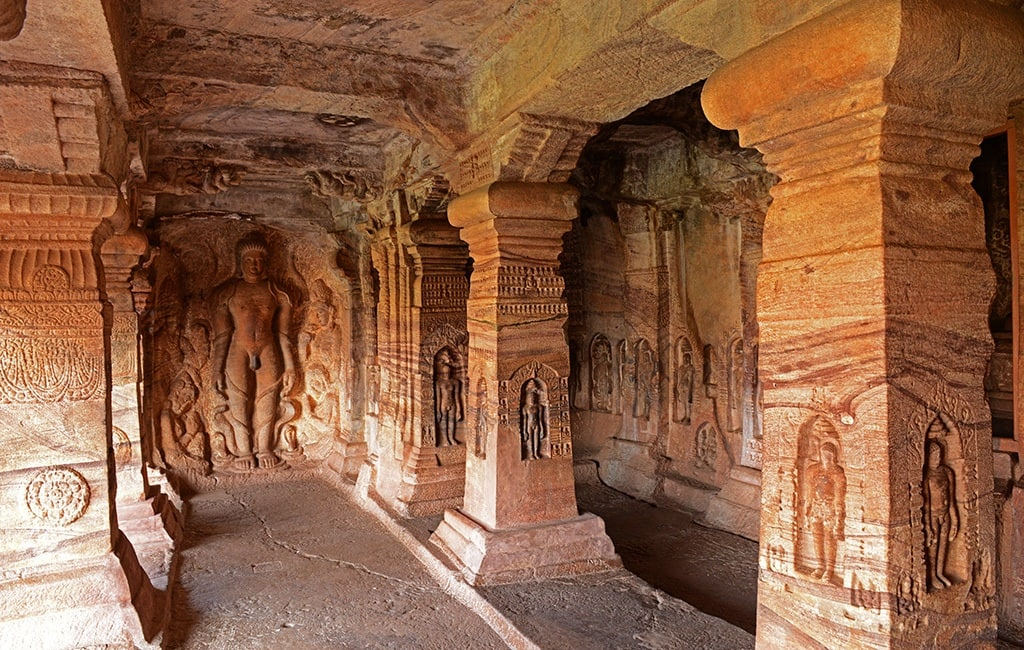 Jaina and Vaishnava Caves
