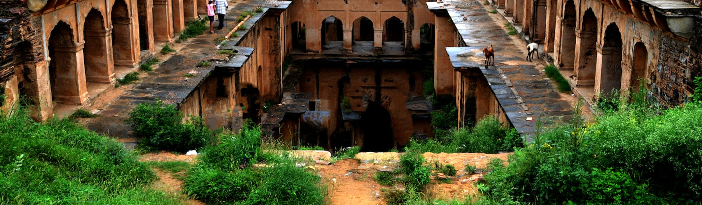 Neemrana Holiday Packages
