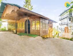 Cosy cottage cocooned in greenery in Munnar
