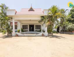 Idyllic stay for three, 1 km from Sandalwoods Forest in $hotelCityName1