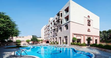 Hotels Near Aram Bagh Agra 840 Night