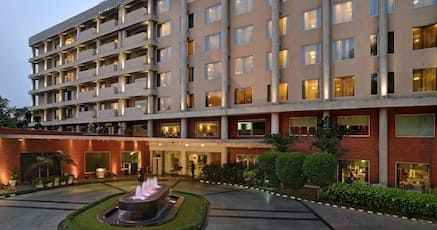 James Hotel Chandigarh Sector 17