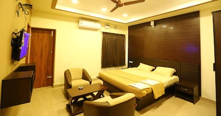 Book cheap hotels in pondicherry india from 840 night for Cheap hotels in pondicherry with swimming pool