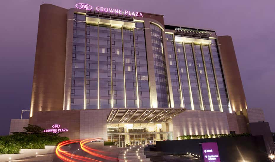 Astounding Crowne Plaza Kochi Cochin Book This Hotel At The Best Interior Design Ideas Apansoteloinfo