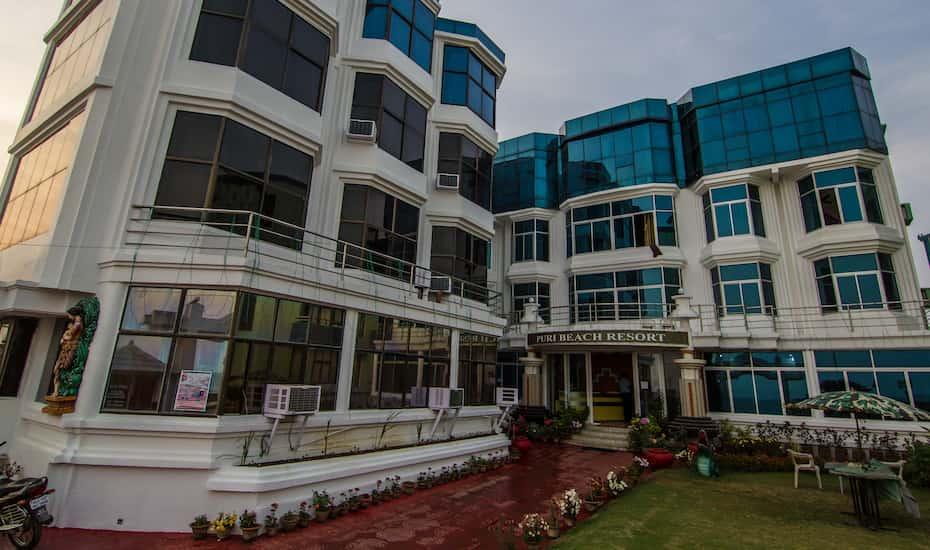 Hotel Puri Beach Resort Price