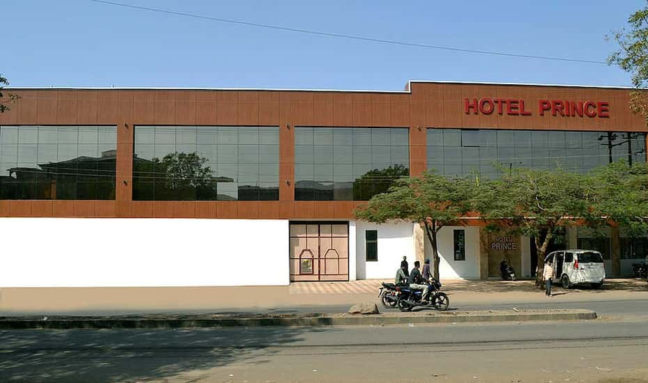 Hotel Prince Bhuj Flat 50 Off Book Reviews Room Photos Offers Yatra