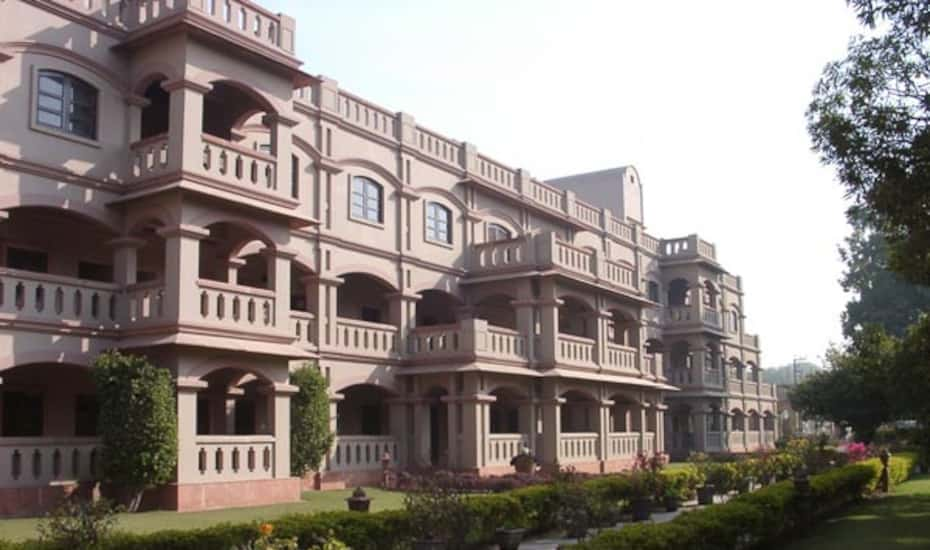 Mvt Guest House, Vrindavan - Book this hotel at the BEST PRICE only