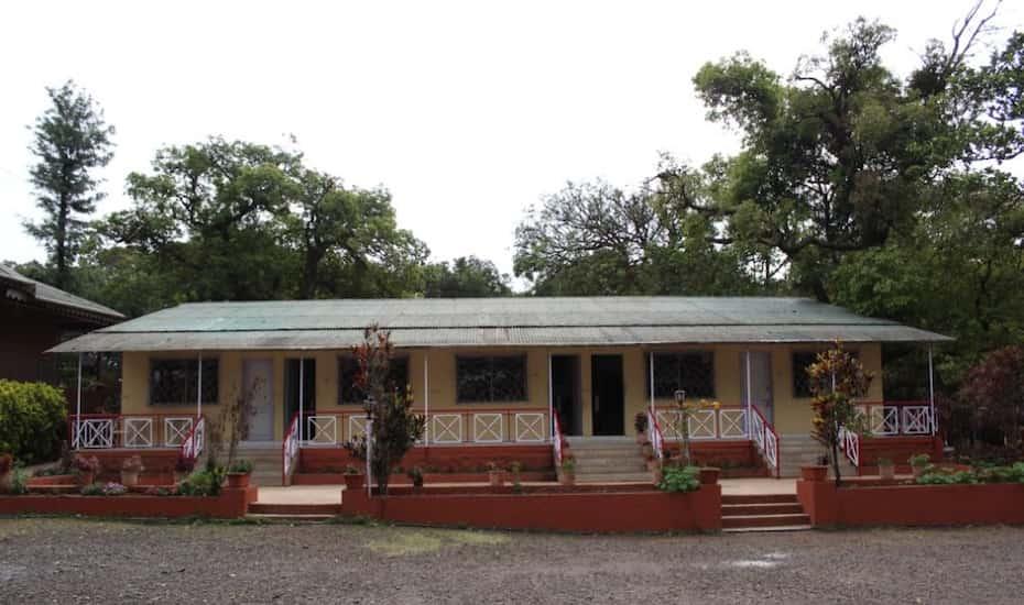 The Living Space Mahabaleshwar Hotel Booking Reviews Room Photos