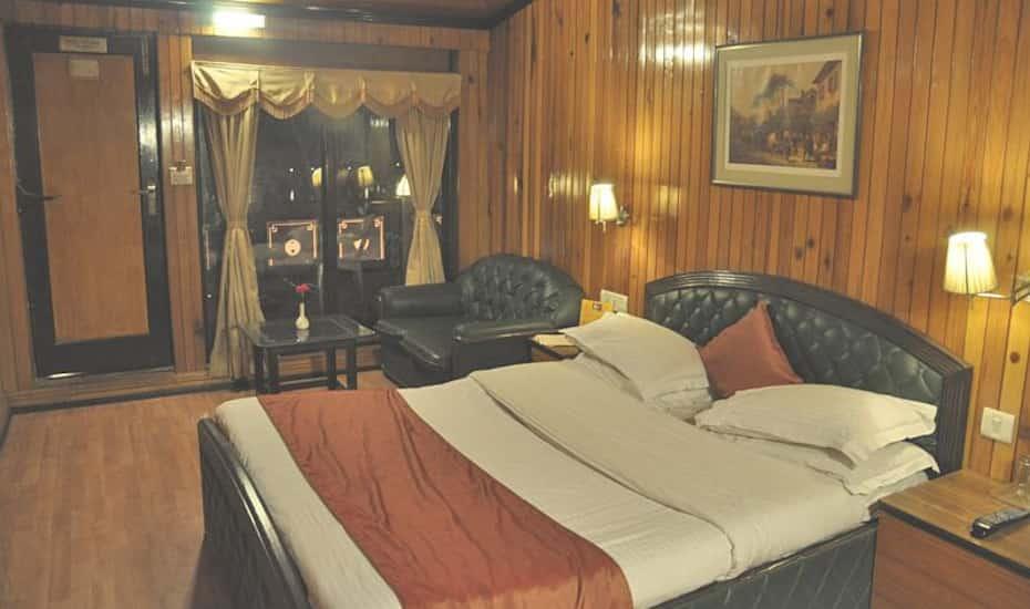 Alka The Lake Side Hotel