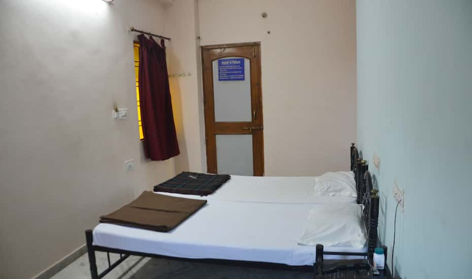 Hotel Vineet Allahabad Book This Hotel At The Best Price