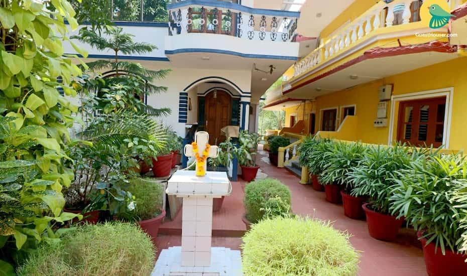 Private Room Near Calangute Beach Goa Hotel Booking Reviews Room