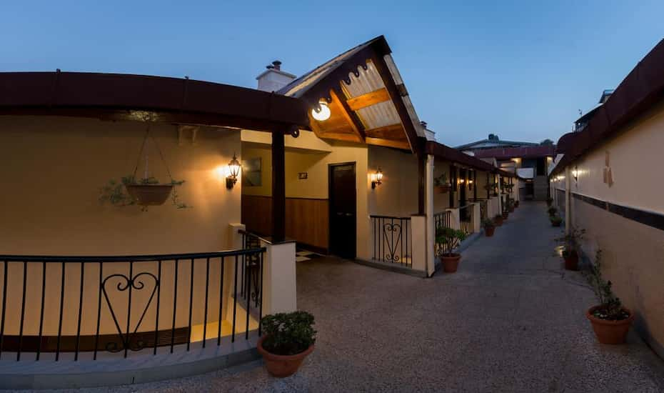 Hotel Himalaya, Nainital - Book this hotel at the BEST PRICE only on