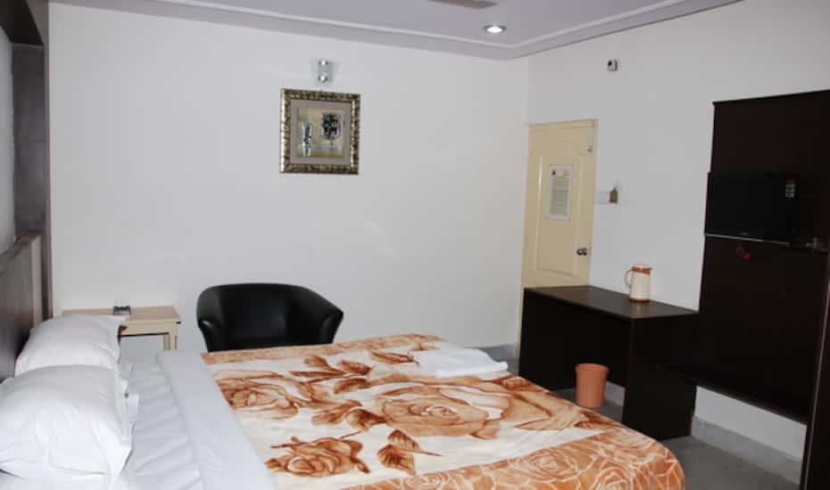 Hotel Ambador Hyderabad Flat 50 Off Book Reviews Room Photos Offers Yatra