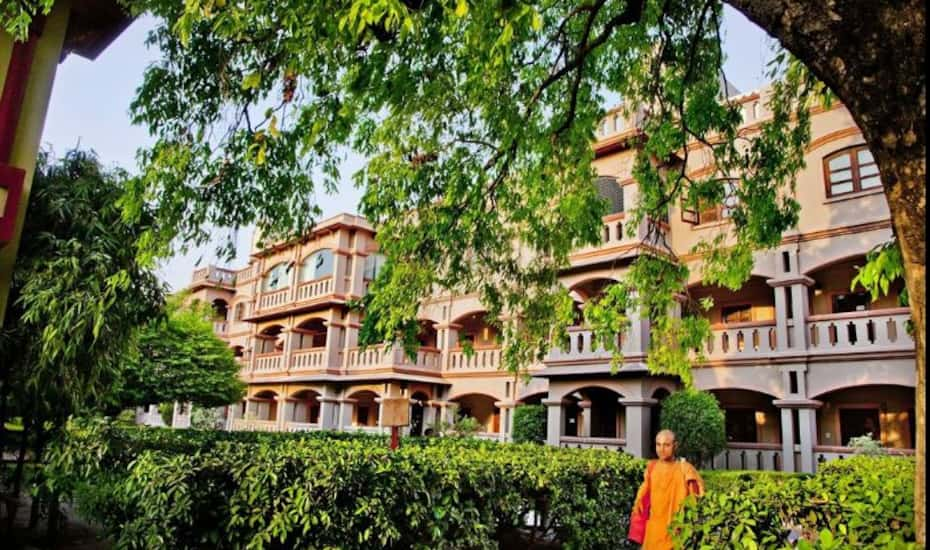 Mvt Guest House, Vrindavan - Book this hotel at the BEST