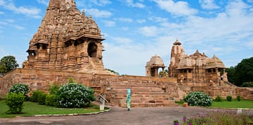Here Are The 4 Lesser Known Things To Do In Khajuraho After Visiting The Erotic Temples