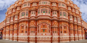 Explore The Unique Architecture Of The Jaipur's Hawa Mahal